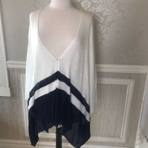 Chaps One size white and navy sweater cape NWT